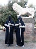 LUCCA ITALIEN - November 11: maskerar tecknad filmtecken på Lucca Fotografering för Bildbyråer