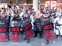 LUCCA ITALIEN - November 11: maskerar tecknad filmtecken på Lucca Arkivfoto