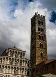 Lucca-Kathedralenfassade 01 Lizenzfreie Stockbilder