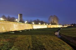 The walls of Lucca by night. A nocturnal glimpse of the walls of Lucca from Giannotti door Stock Images