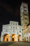 Lucca-Stadtnachtansicht Lizenzfreie Stockbilder