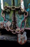 Lucchetto d'arrugginimento su un treno abbandonato Fotografie Stock Libere da Diritti