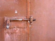 Lucchetto del portello del garage Fotografie Stock Libere da Diritti