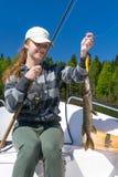 Luccio di pesca dell'adolescente Fotografia Stock Libera da Diritti