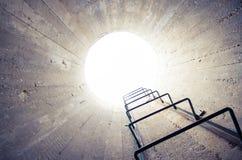 Luce all'estremit? del tunnel Fotografia Stock Libera da Diritti
