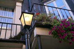 Luce d'annata vittoriana della posta della lampada di via Immagini Stock