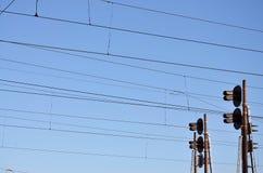 Luce del traffico ferroviario e linee sopraelevate Fotografia Stock Libera da Diritti