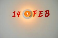Luce della candela e 14 febbraio di simbolo Immagini Stock Libere da Diritti