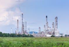 Luce della centrale elettrica di industria petrochimica Fotografie Stock
