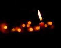 Luce della fiamma di candela Immagini Stock Libere da Diritti