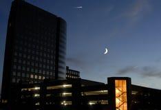 Luce della luna della città Fotografia Stock