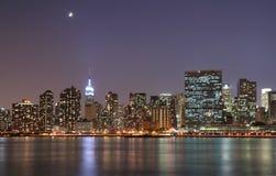 Luce della luna sopra Manhattan Immagini Stock Libere da Diritti
