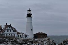 Luce della testa di Portland e paesaggio circostante su capo Eiizabeth, la contea di Cumberland, Maine, Stati Uniti Nuova Inghilt fotografia stock libera da diritti
