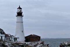 Luce della testa di Portland e paesaggio circostante su capo Eiizabeth, la contea di Cumberland, Maine, Stati Uniti Nuova Inghilt fotografia stock