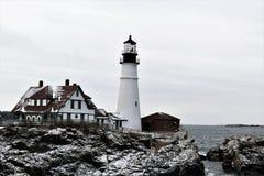 Luce della testa di Portland e paesaggio circostante su capo Eiizabeth, la contea di Cumberland, Maine, Stati Uniti Nuova Inghilt immagine stock