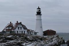 Luce della testa di Portland e paesaggio circostante su capo Eiizabeth, la contea di Cumberland, Maine, Stati Uniti Nuova Inghilt fotografie stock libere da diritti