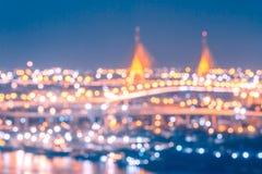 Luce e bokeh variopinti vaghi del ponte e della città Immagine Stock Libera da Diritti
