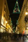 Luce ed arte dentro via Lagrance a Torino, Italia Fotografie Stock