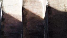 Luce ed ombre sulla parete del mattone e del mortaio Immagine Stock Libera da Diritti