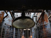 Luce nel centro della fabbrica abbandonata Fotografia Stock Libera da Diritti