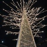 Luce notturna frizzante scintillante di scintillio dell'albero di Natale Immagine Stock