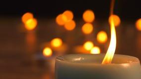 Luce romantica della candela video d archivio
