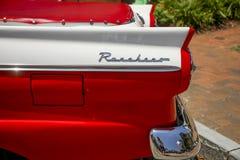Luce rossa e bianca della coda di Ford Ranchero fotografie stock libere da diritti