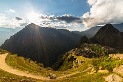 Luce solare su Machu Picchu da sopra, il Perù Fotografie Stock