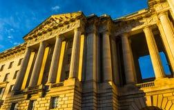 Luce su una costruzione in Washington, DC di sera Immagini Stock
