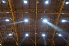 Luce tramite il tetto Fotografie Stock