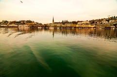 Lucerna da cidade e do lago da lucerna vista de um barco de passageiro fotografia de stock royalty free
