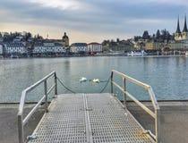 Lucerna pitoresca da opinião da beira do lago Imagem de Stock