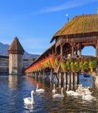 Lucerna, a ponte da capela no amanhecer Imagens de Stock