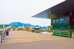 Lucerne Schweiz - Maj 02, 2017: Centrera för kultur och kongresser på kustlinjen på Lucerne sjön, schweizare Arkivbild