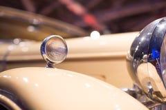 Luces clásicas de los coches Imagenes de archivo