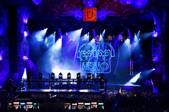 Luces coloridas de la etapa en el concierto Foto de archivo libre de regalías