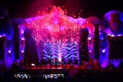 Luces coloridas de la etapa en el concierto Imagen de archivo libre de regalías