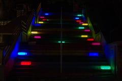 Luces coloridas de una escalera Fotografía de archivo libre de regalías