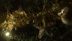 Luces coloridas para el humor de la Navidad almacen de video