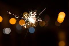 Luces de Bengala, fondo de la chispa Tiempo de la Navidad, Año Nuevo Fotografía de archivo libre de regalías