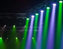 Luces de la etapa en concierto Imágenes de archivo libres de regalías