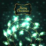 Luces de la Navidad que brillan intensamente verdes coloridas Fotografía de archivo libre de regalías
