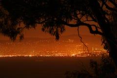 Luces de la noche en área de la Bahía de San Francisco Imagen de archivo libre de regalías