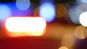 Luces de la sirena del crucero de la policía que destellan almacen de video