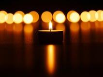 Luces de la vela fotografía de archivo