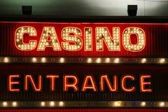Luces de neón de la entrada del casino Foto de archivo libre de regalías