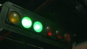 Luces de señal del circuito de carreras metrajes