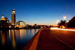 Luces de Triffic en el muelle de la puesta del sol Fotografía de archivo libre de regalías