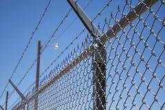 Luces del alambre de púas y de la seguridad Imagen de archivo