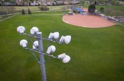 Luces del estadio del campo de béisbol Foto de archivo